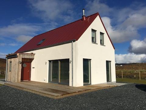 Atemberaubendes Highland Home mit Meer- und Bergblick