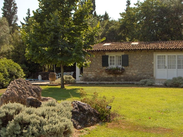 Casa Lucia the Gardener's Cottage - Korfu - Byt