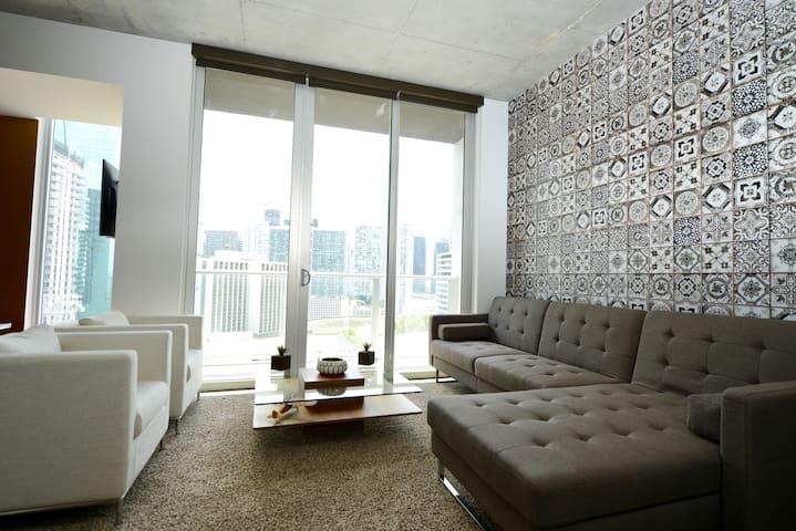 Modern 1 BR with Open Concept Floorplan - Miami - Loft