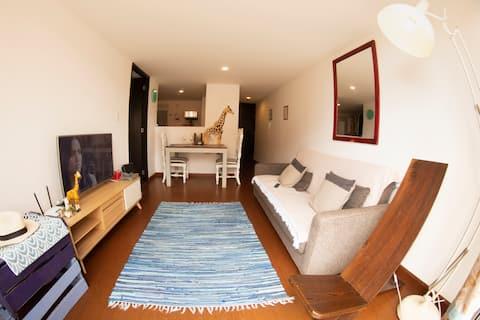 Central Designer apartment light filled +  Deck