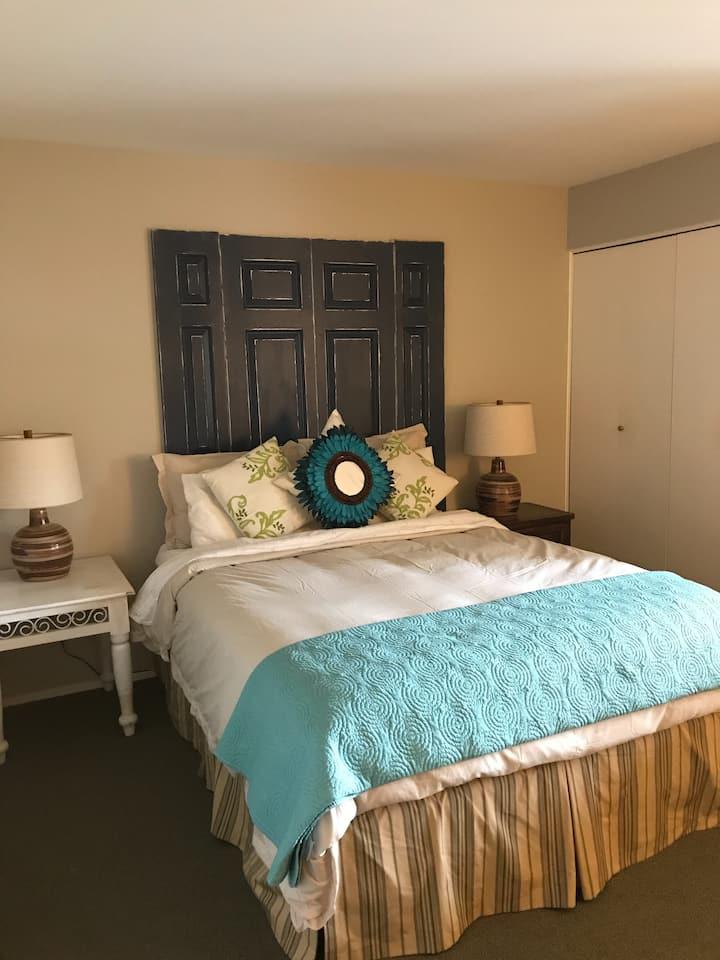 Cozy Private Bedroom & Bathroom in Sun Valley