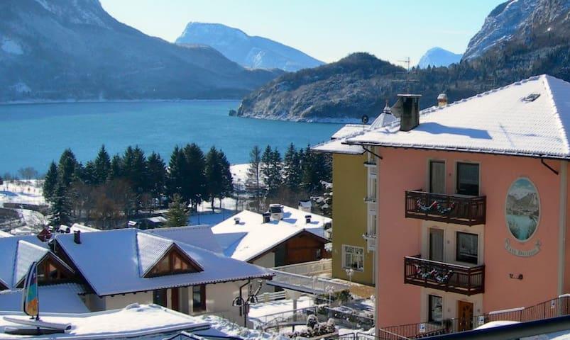 Nelle Dolomiti sul lago di Molveno Casa Dorigoni - Molveno - Apartment