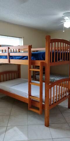 Bunk beds sharedl # 6 Man only