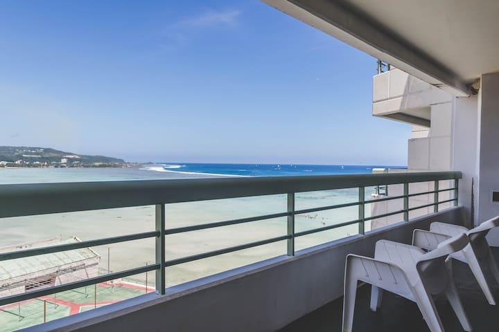 Tropical Suite 3-Bedroom Condominium