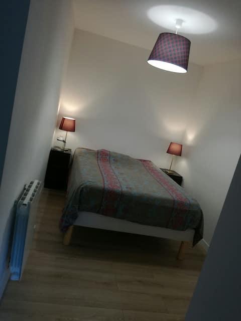 Chambre tout confort sdb & terrasse privées - GARE