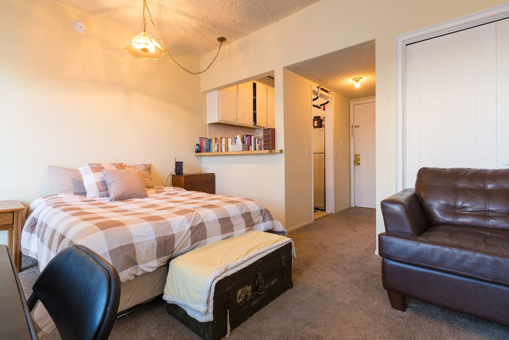 Westwood Apt W Ac Free Parking Apartments For Rent In