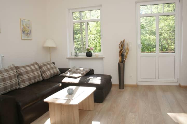 Ruhige Traumlage mit Balkon ***** Komfort Appartement in Moselnähe