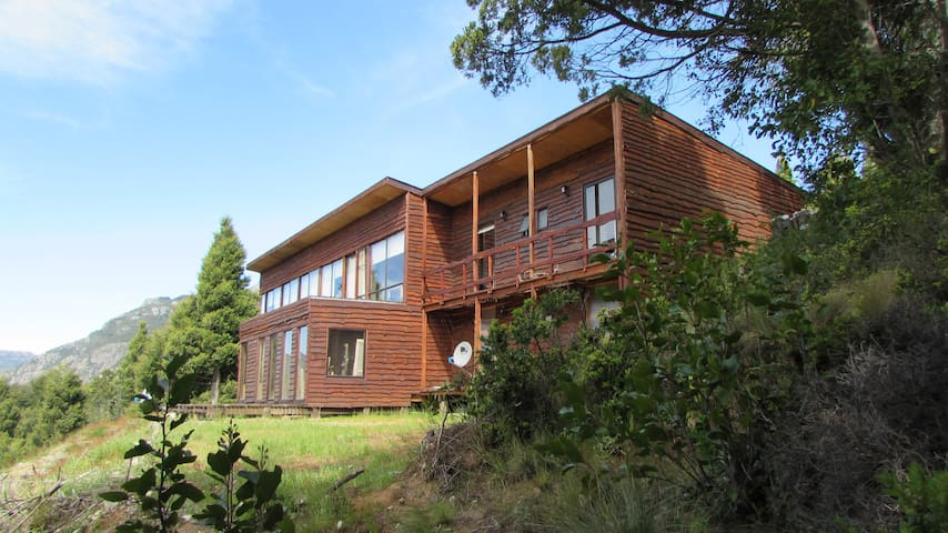 Hostal Nueva Esperanza, Futaleufú, Patagonia Chile