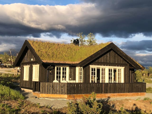 High standard cabin at beautiful Beitostølen