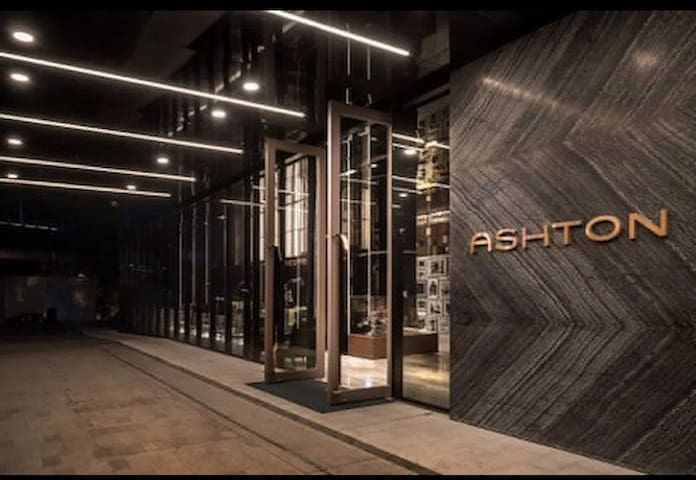 Luxury Asthon Silom condo四面佛,是隆路,Siam暹罗广场曼谷顶级公寓会中文