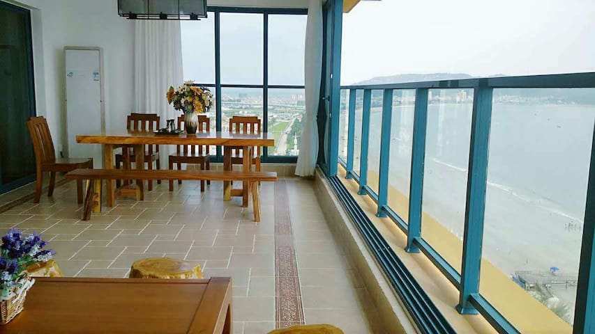 惠州万科双月湾超级无敌海景两房酒店1801 - 惠州市 - Apartment