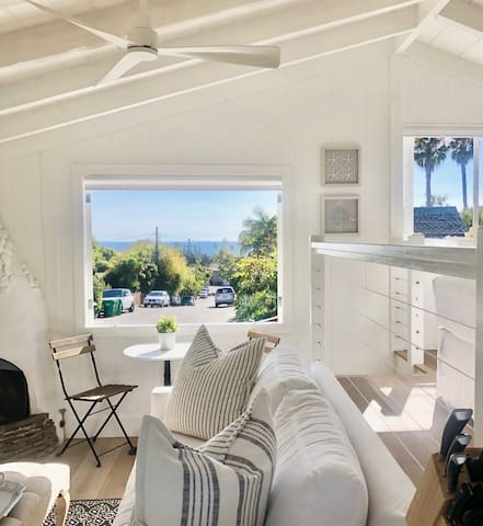 New! Ocean view cottage, walk to Beach & Town!