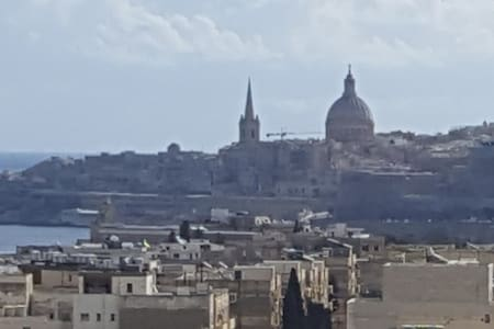 Penthouse close to Sliema. - Msida - Wohnung