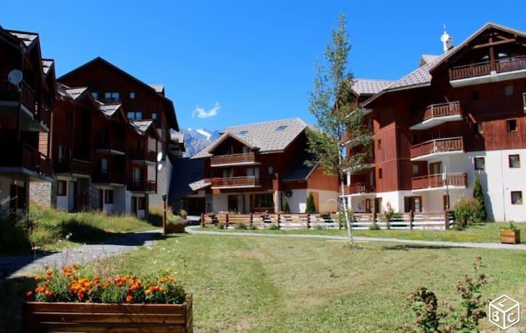 Appartement 3 chambres + piscine + sauna