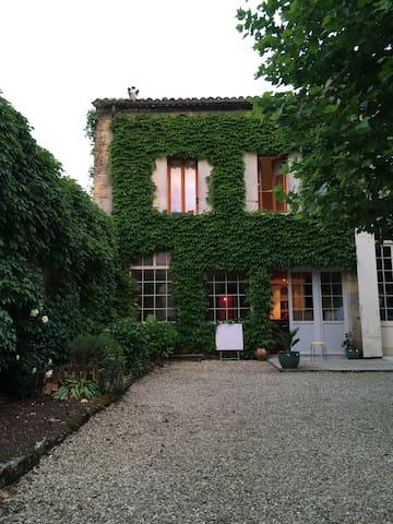Maison bourgeoise dans l'Entre-deux-Mers
