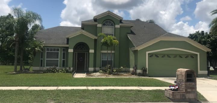 Private Home very close to all Theme Parks!