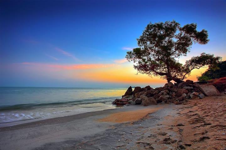 """Ferringhi Sea-cret"",By TheSeas,Batu Ferrin,Penang"