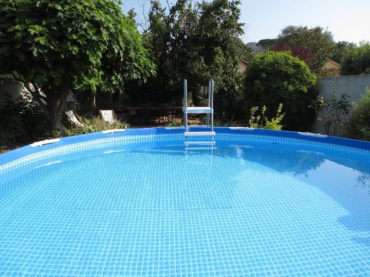 Maison 4 pers av piscine hors sol, jardin et wifi