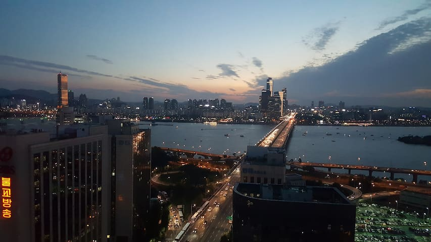 #HP's Cozy HOUSE #River view #Hongdae # Yeouido