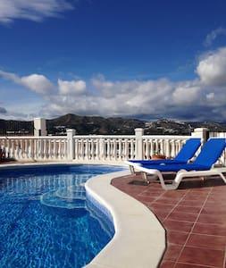 Casa Natalie, superb private villa - Alcaucín