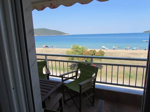 By the Sea Luxury Apartment Kavala (Nea Peramos)