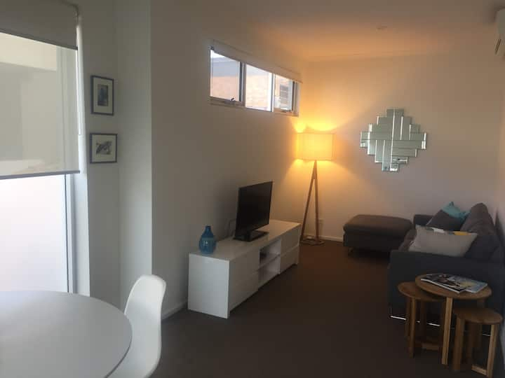 Perry Lakes apartment