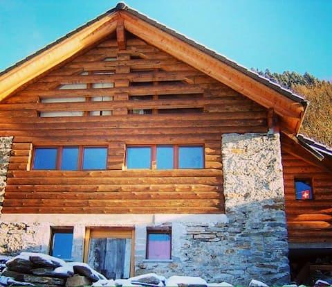 Casa con vista a Anzonico
