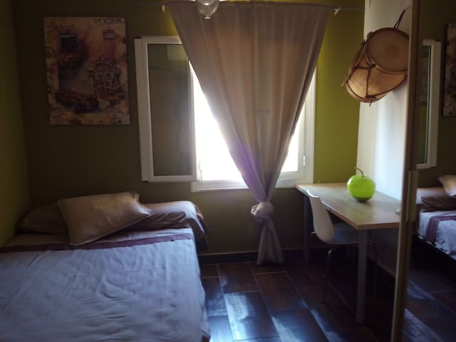 Bed and breakfast in the city center. - 帕爾馬 - 公寓