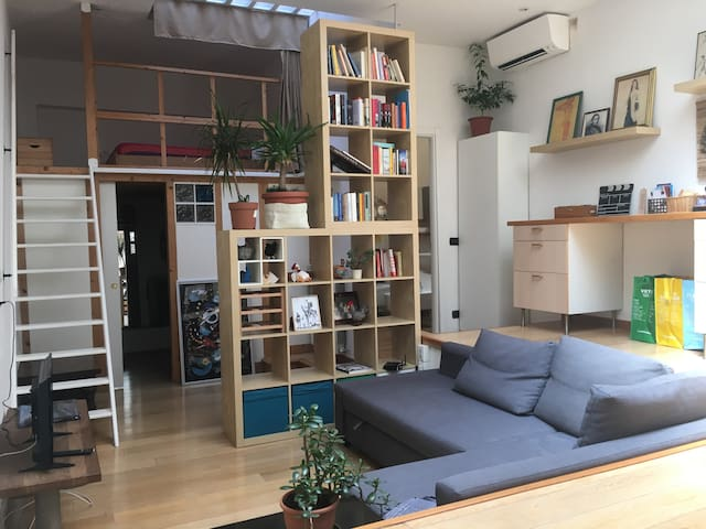 Studio Apartment in Bologna center