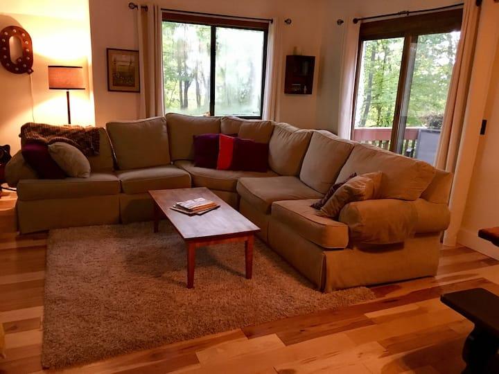 Top of the Hill-3 Bedroom Quechee Long Term Rental