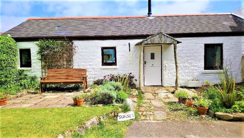 Sunset Cottage, Bollowal, St Just, West Penwith,