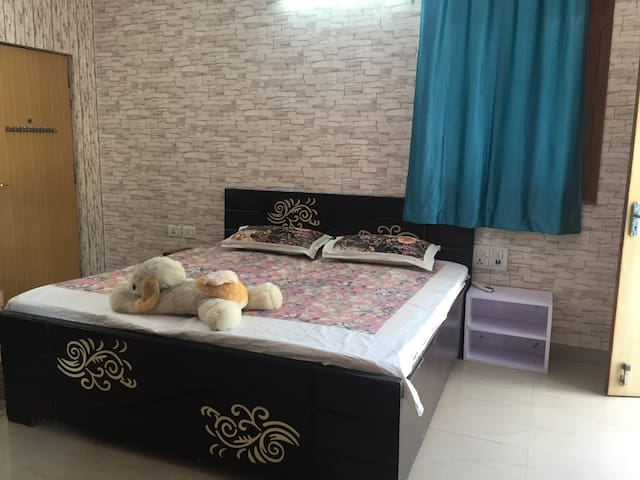 Entire one room private Apartment,Attached Terrace