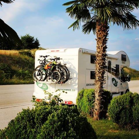 Rent a Camper ® in Bucharest - RIMOR KATAMARANO