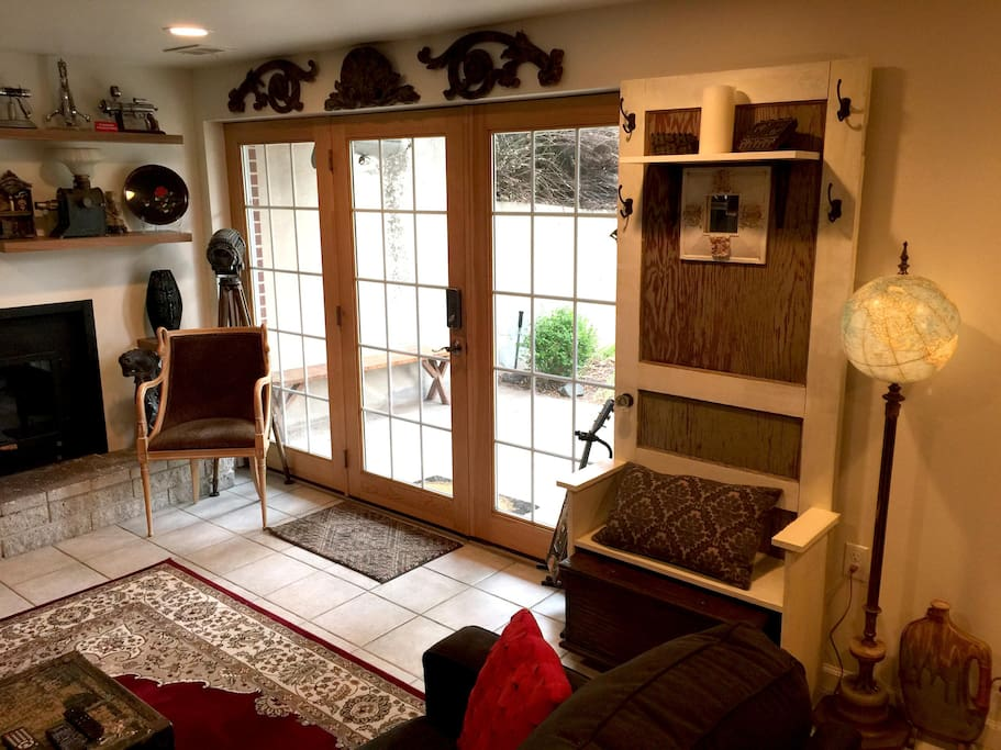Entrance, living room area