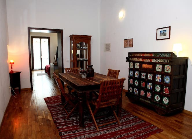 Charming flat in old town - Palermo - Apartment