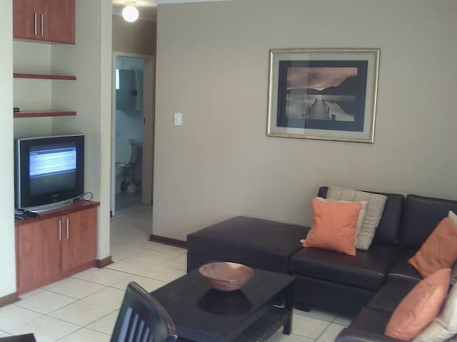 The Best Apartment in Ben More Sandton, JHB RSA
