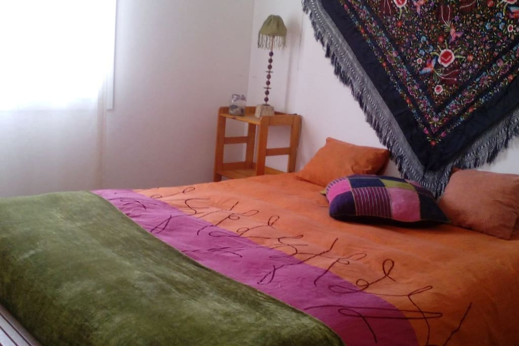 Habitaci n cama doble cerca centro y aeropuerto casas en alquiler en san crist bal de la - Alquiler habitacion la laguna ...