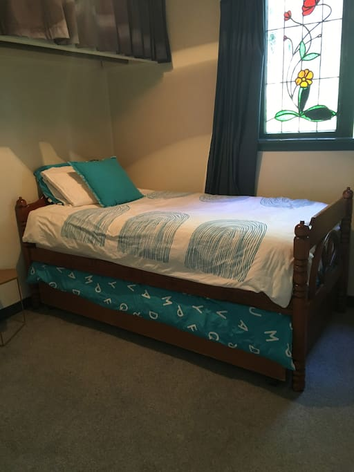 Second bedroom in Cottage.  Single bed with trundler bed