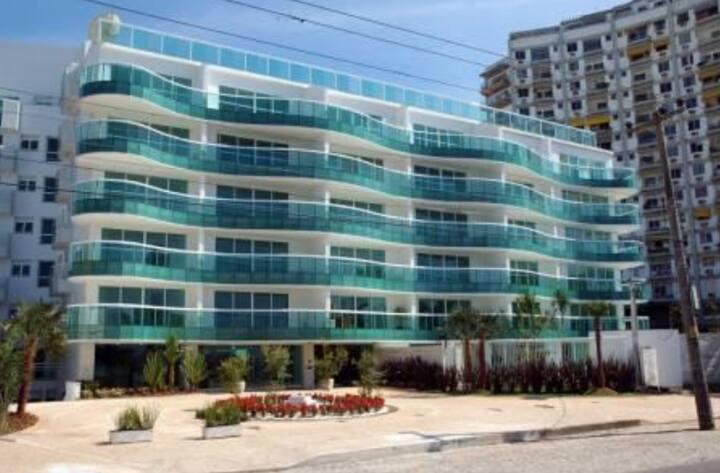 Barra da Tijuca - Frente Praia - 1 suíte - sala