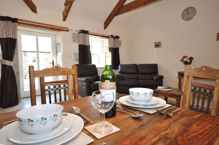 1 Bed Cottage - Disabled Access / Private Hot Tub - Trispen - Maison