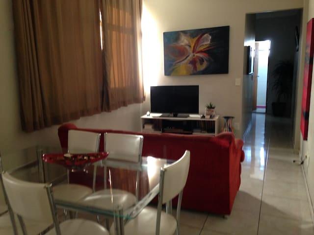 Quarto em Apto - bairro central (PRADO) - BH - Belo Horizonte - Huoneisto