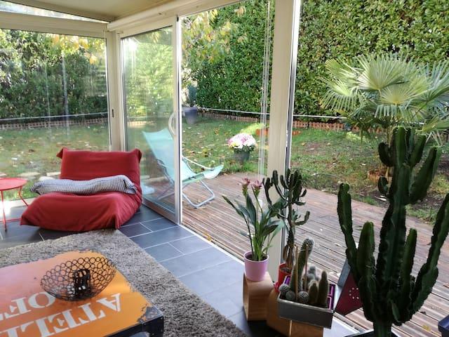 T2 bis calme avec jardin