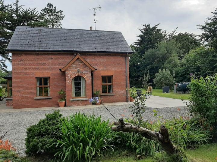 Entire Cottage in Ballygarrett, Courtown area.