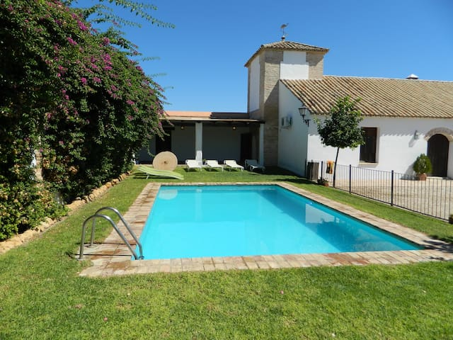 Casa El Molino con barbacoa y Wifi - Écija - House