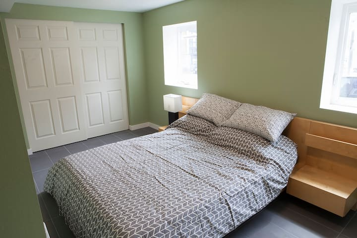 100% New - Parking Included! - Seattle - Wohnung