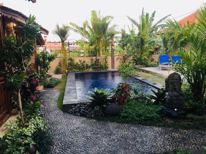 #3 Perfect Location Joglo @Central Canggu