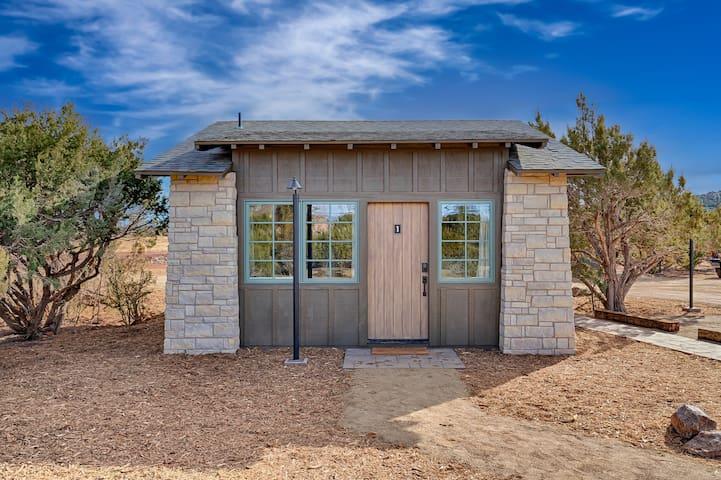 Inn History Grand Canyon Newly Built Themed Cabin1
