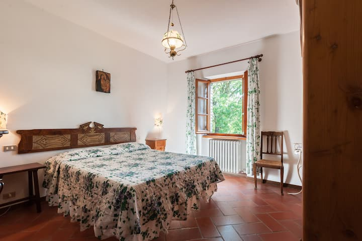 L'EDERA DOUBLE ROOM OVER THE WORLD