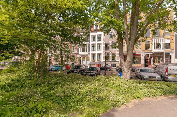 Home - between Achtergracht & Reguliersgracht