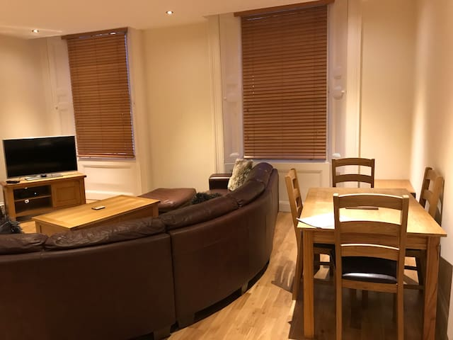Princes House - High End 1 bed in Ropewalk area